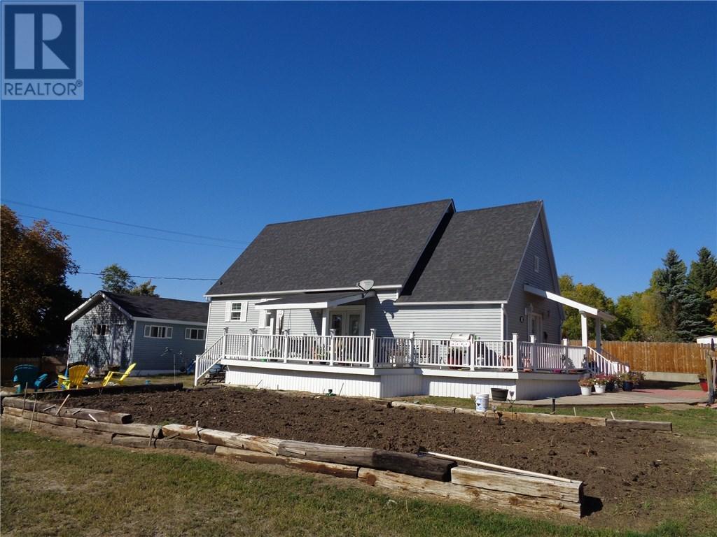 158 Municipal Dr, Coronach, Saskatchewan  S0H 0Z0 - Photo 1 - SK708242