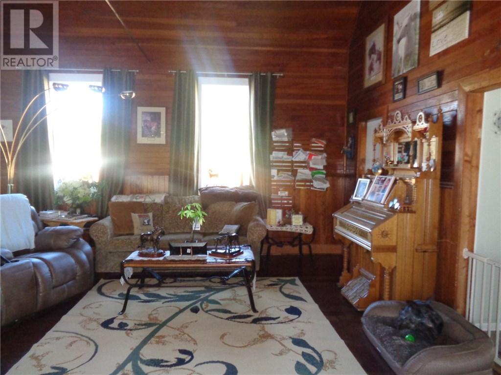 158 Municipal Dr, Coronach, Saskatchewan  S0H 0Z0 - Photo 10 - SK708242
