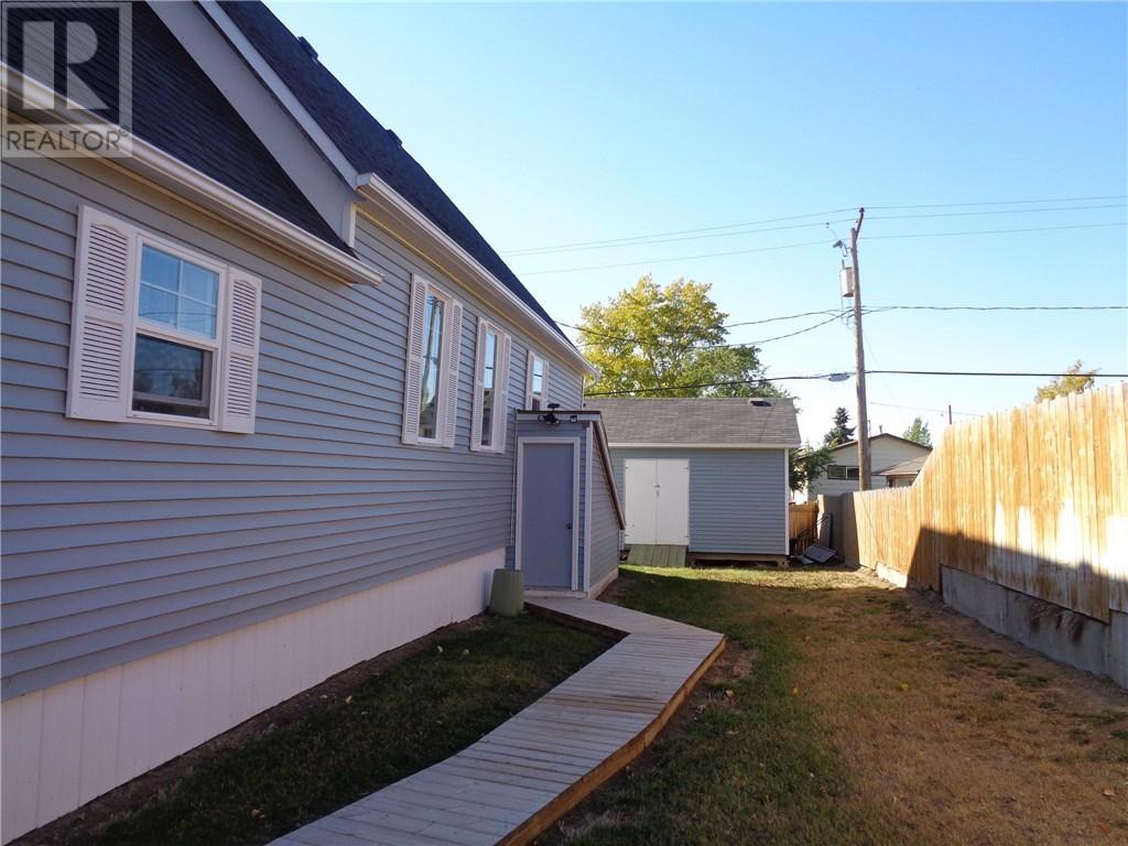 158 Municipal Dr, Coronach, Saskatchewan  S0H 0Z0 - Photo 44 - SK708242