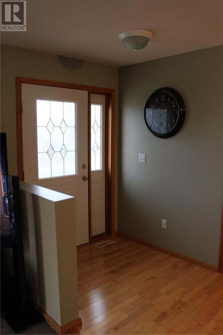 211 Front St, Eastend, Saskatchewan  S0N 0T0 - Photo 31 - SK708561