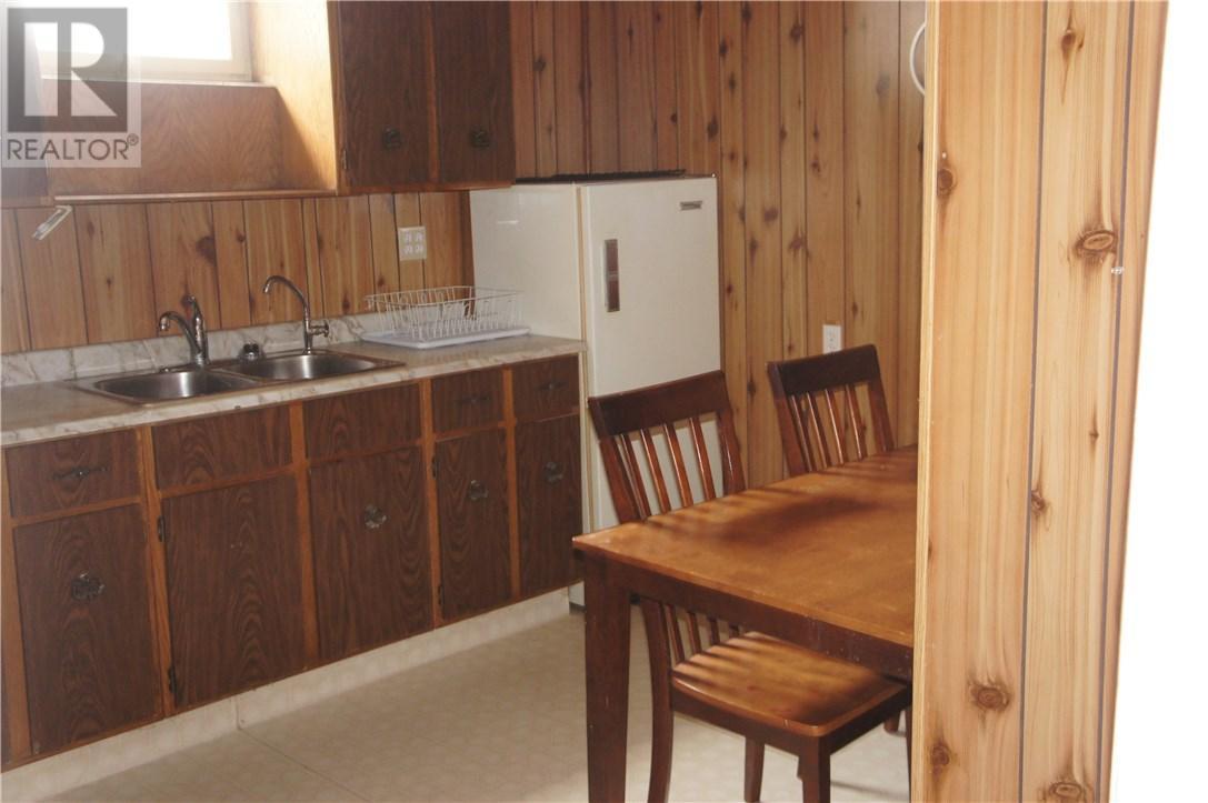 1825 Pettigrew Rd, Estevan, Saskatchewan  S4A 1Z4 - Photo 11 - SK708887