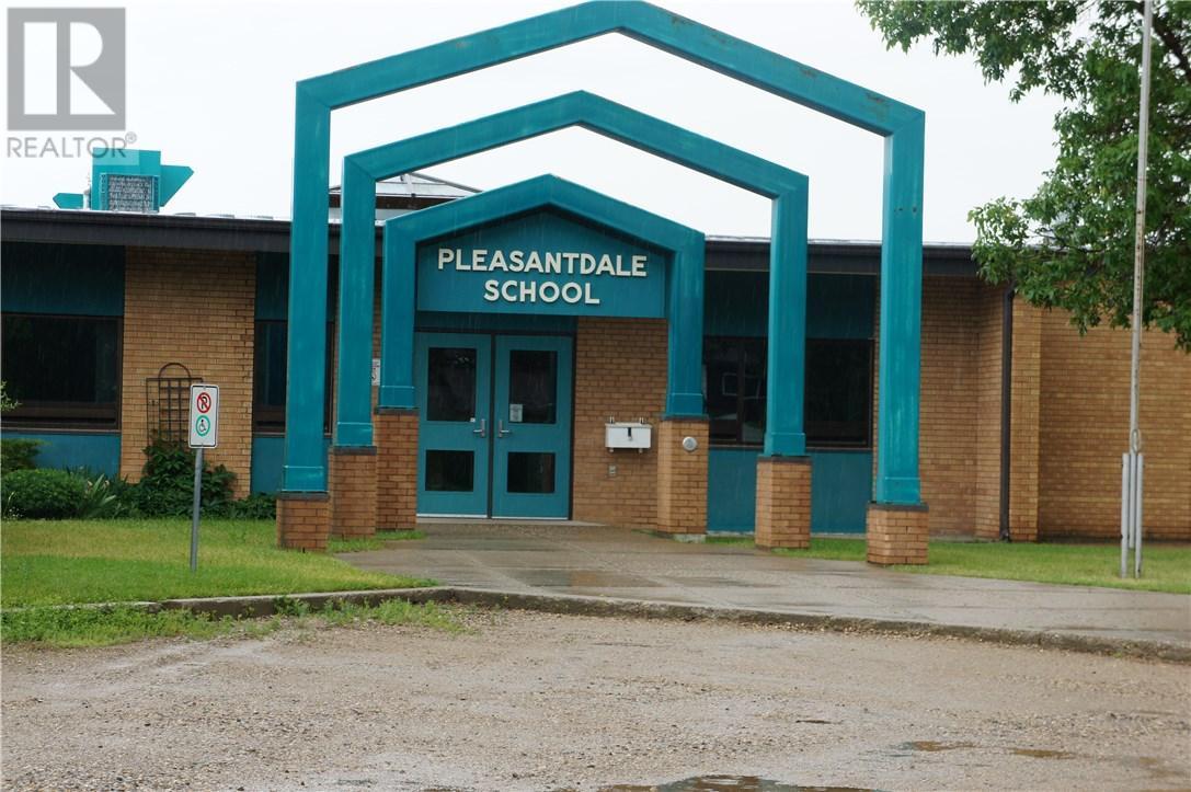 1825 Pettigrew Rd, Estevan, Saskatchewan  S4A 1Z4 - Photo 27 - SK708887