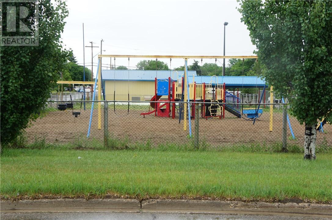 1825 Pettigrew Rd, Estevan, Saskatchewan  S4A 1Z4 - Photo 30 - SK708887