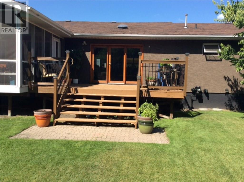 213 4th St W, Carnduff, Saskatchewan  S0C 0S0 - Photo 21 - SK710307