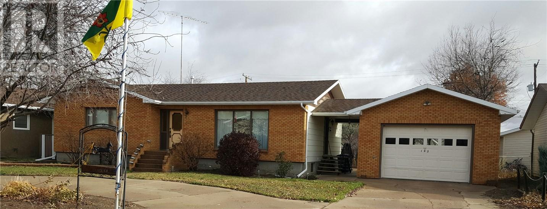 105 Magnan St, Gravelbourg, Saskatchewan  S0H 1X0 - Photo 47 - SK710254