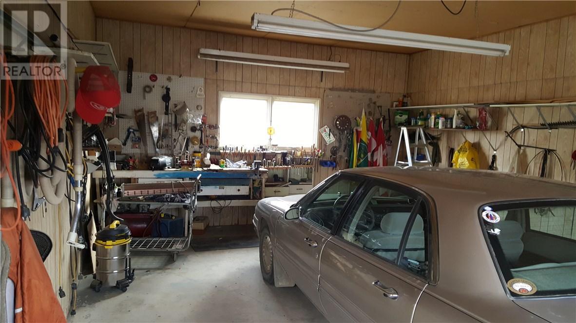 105 Magnan St, Gravelbourg, Saskatchewan  S0H 1X0 - Photo 48 - SK710254