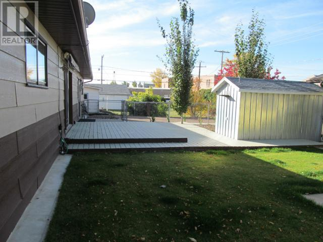365 1st St E, Shaunavon, Saskatchewan  S0N 2M0 - Photo 40 - SK710376