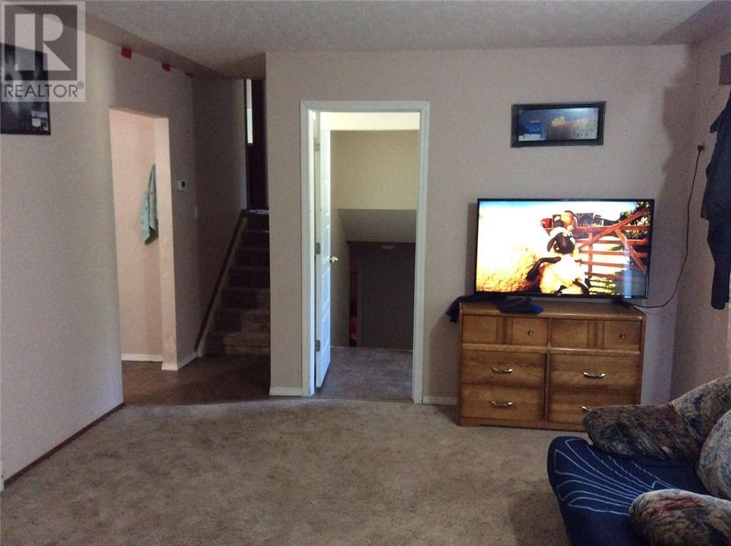 4300 Acadia Dr, Regina, Saskatchewan  S4S 4C5 - Photo 3 - SK710488