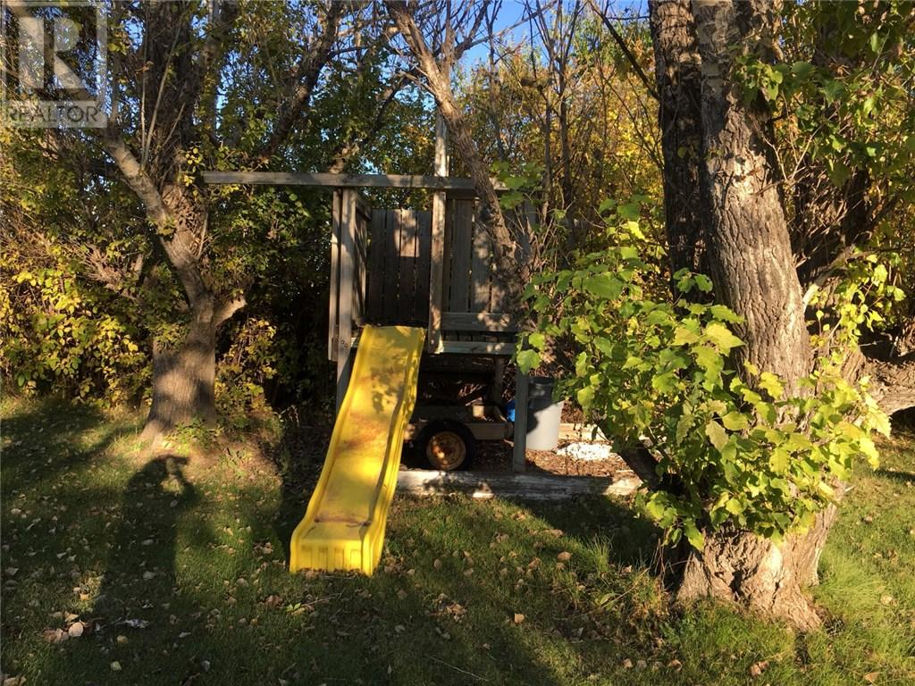 18 Railway Ave, Storthoaks, Saskatchewan  S0C 2K0 - Photo 29 - SK711223