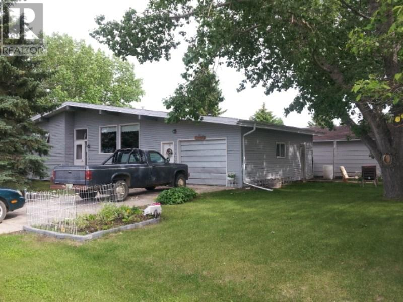 19 6th Ave E, Lafleche, Saskatchewan  S0H 2K0 - Photo 1 - SK711478