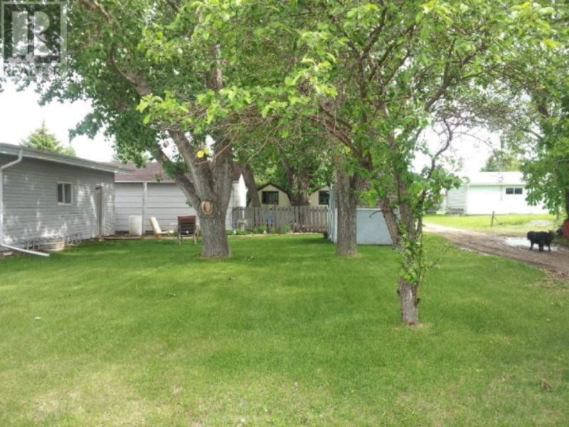 19 6th Ave E, Lafleche, Saskatchewan  S0H 2K0 - Photo 4 - SK711478