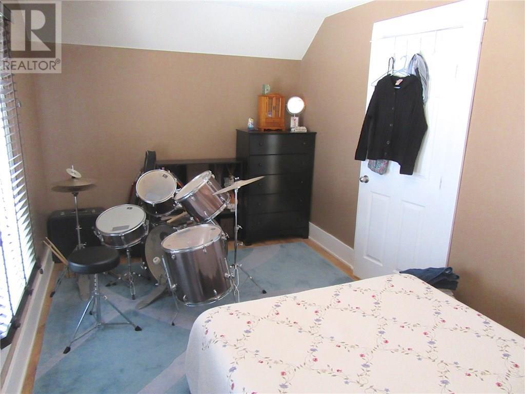 66 12th St, Weyburn, Saskatchewan  S4H 1K5 - Photo 28 - SK711471