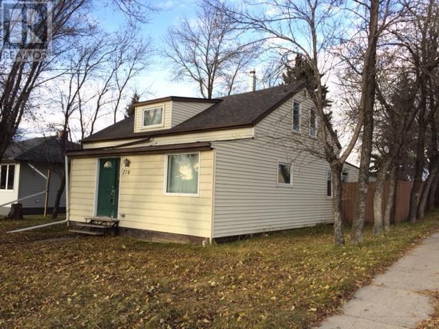 278 8th Ave E, Melville, Saskatchewan  S0A 2P0 - Photo 1 - SK711699