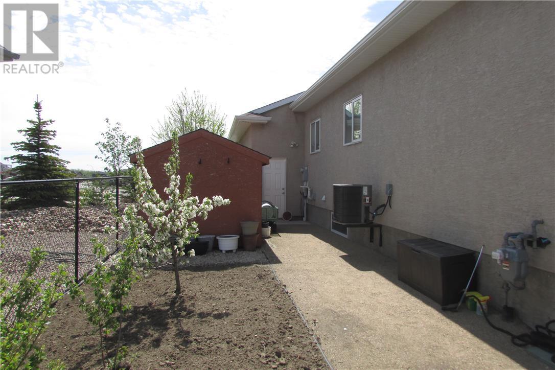 42 Fairway Cres, White City, Saskatchewan  S4L 0A7 - Photo 7 - SK711651