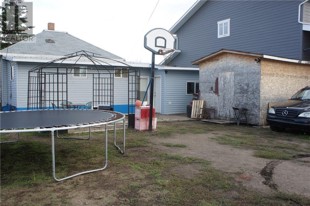 530 3rd St, Estevan, Saskatchewan  S4A 0P4 - Photo 27 - SK711847