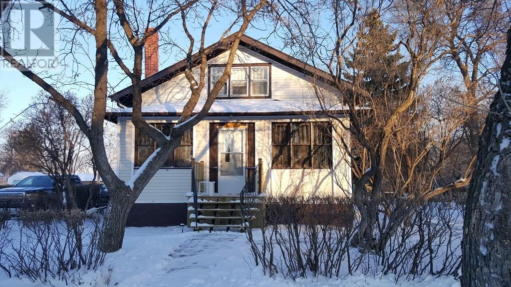 223 Main St, Lafleche, Saskatchewan  S0H 2K0 - Photo 1 - SK712019