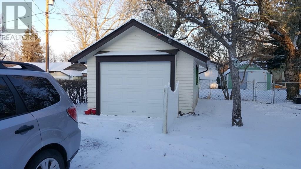 223 Main St, Lafleche, Saskatchewan  S0H 2K0 - Photo 5 - SK712019