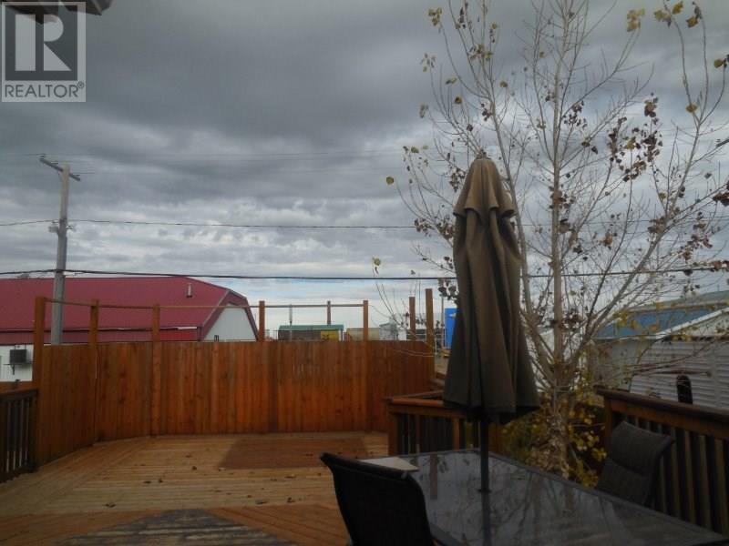 222 2nd Ave W, Assiniboia, Saskatchewan  S0H 0B0 - Photo 3 - SK712437