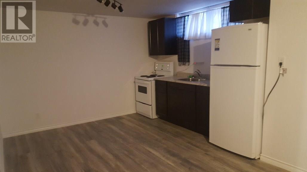 825 Valley St, Estevan, Saskatchewan  S4A 2A1 - Photo 8 - SK712453