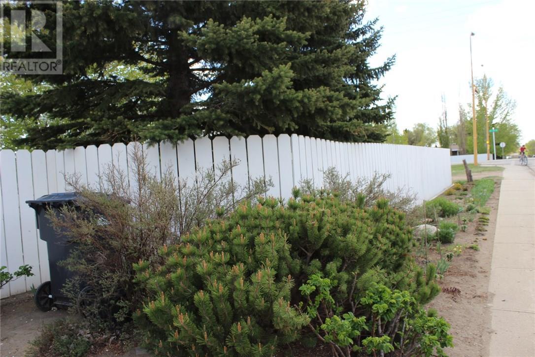 516 13th St Ne, Weyburn, Saskatchewan  S4H 2Z3 - Photo 19 - SK712518