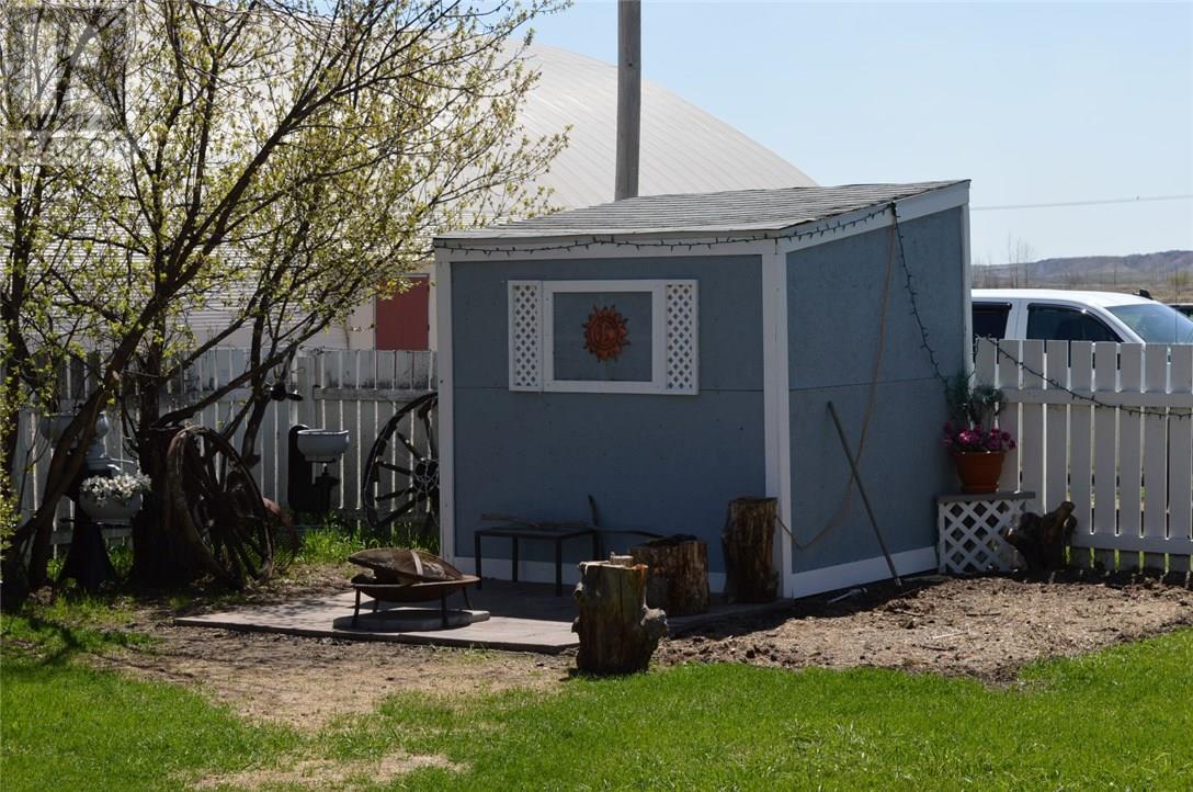 302 Carbon Ave, Bienfait, Saskatchewan  S0C 0M0 - Photo 22 - SK712672