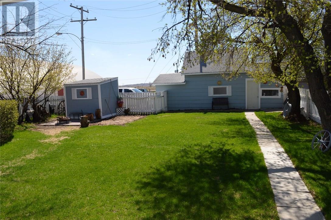 302 Carbon Ave, Bienfait, Saskatchewan  S0C 0M0 - Photo 24 - SK712672
