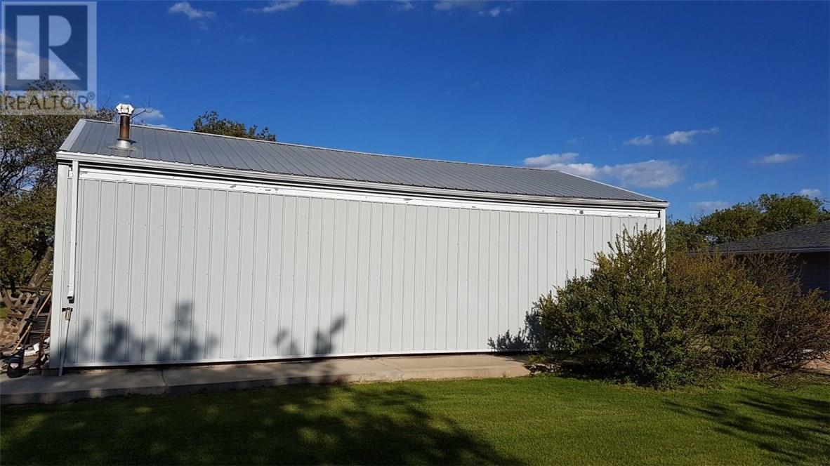 405 Balmoral Ave, Arcola, Saskatchewan  S0C 0G0 - Photo 30 - SK713141