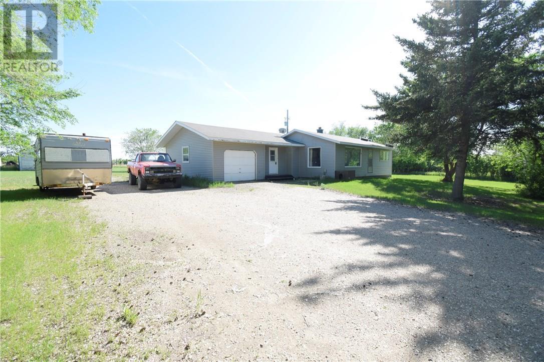 Betts Acreage, Alida, Saskatchewan  S0C 0B0 - Photo 1 - SK713384