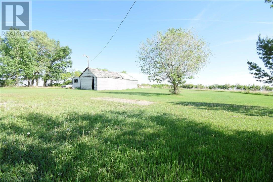 Betts Acreage, Alida, Saskatchewan  S0C 0B0 - Photo 2 - SK713384