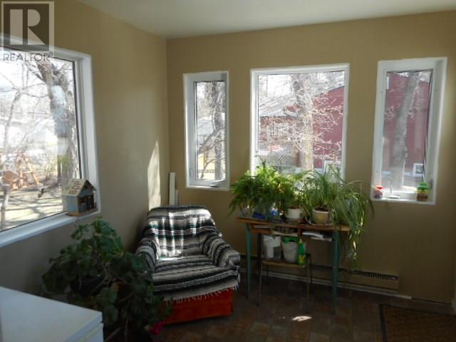 802 Regina Ave, Grenfell, Saskatchewan  S0G 2B0 - Photo 9 - SK714097
