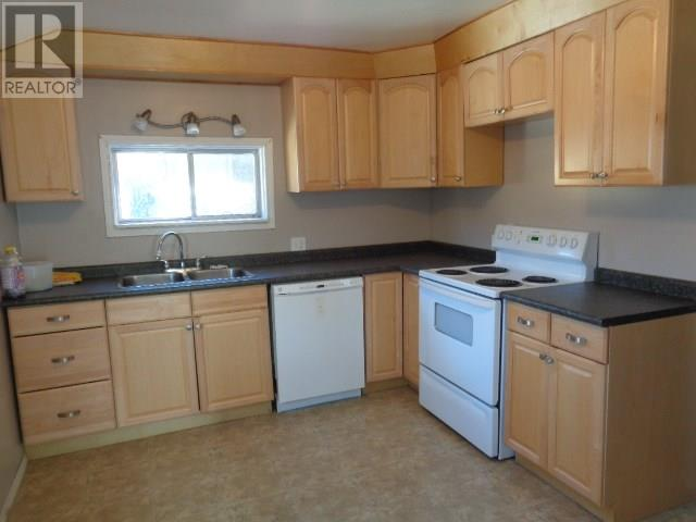 1034 Connaught Ave, Moose Jaw, Saskatchewan  S6H 5B5 - Photo 17 - SK714758