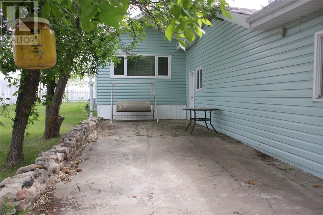 504 Shaw St, Herbert, Saskatchewan  S0H 2A0 - Photo 30 - SK715297