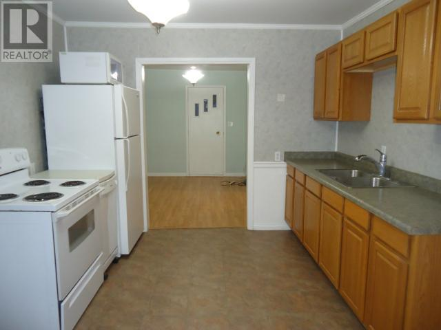 818 First St, Estevan, Saskatchewan  S4A 0G3 - Photo 7 - SK715374
