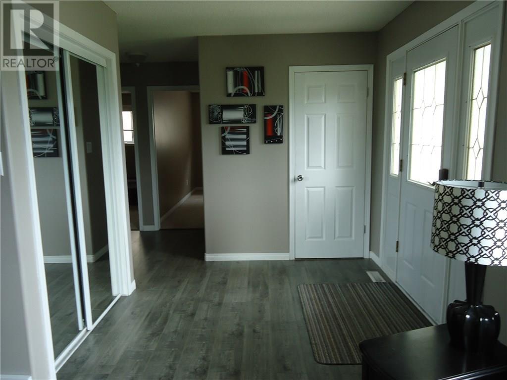 1255 Nicholson Rd, Estevan, Saskatchewan  S4A 2T4 - Photo 3 - SK714251
