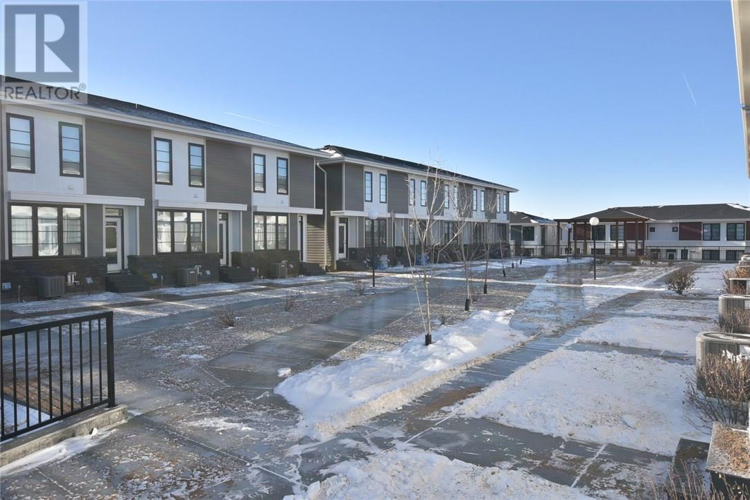 210 3229 Elgaard Dr, Regina, Saskatchewan  S4X 0L2 - Photo 4 - SK715892