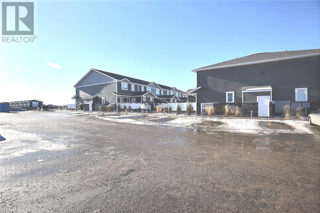 3463 Elgaard Dr, Regina, Saskatchewan  S4X 0N4 - Photo 8 - SK716496