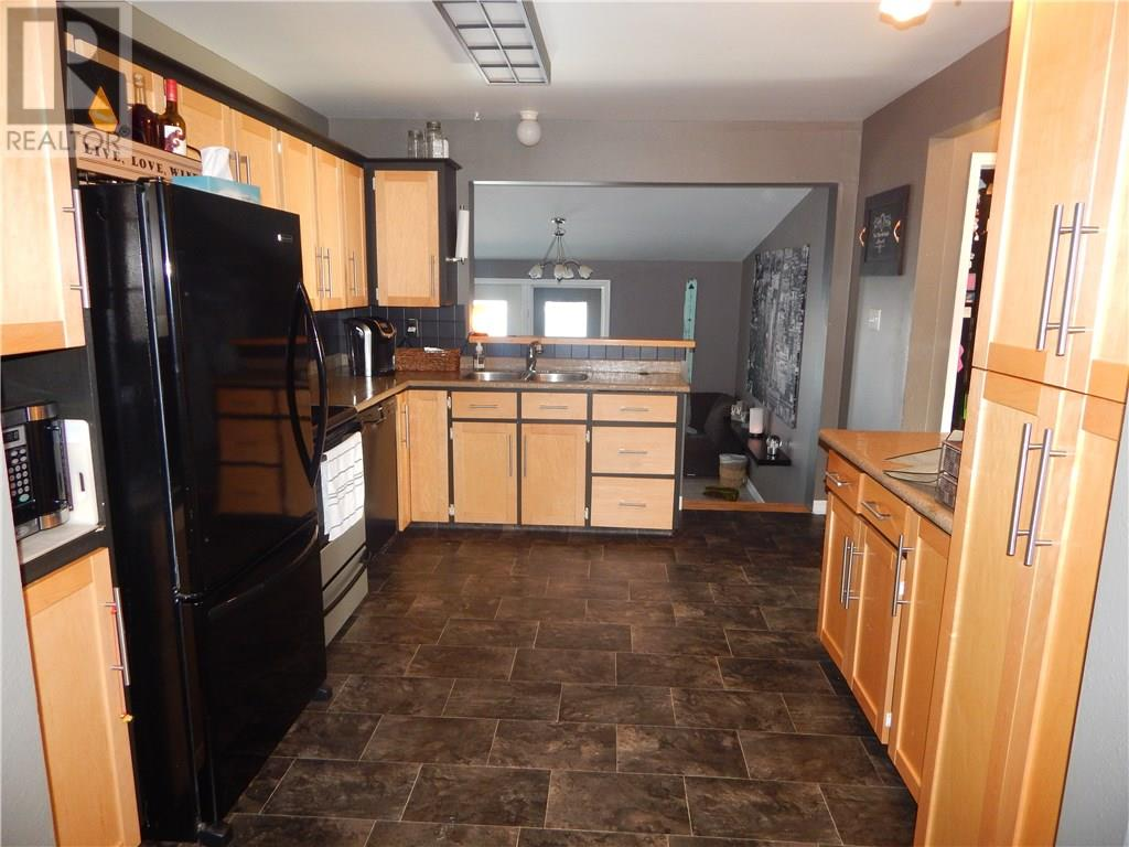 748 Brimacombe Dr N, Weyburn, Saskatchewan  S4H 2P8 - Photo 14 - SK717062