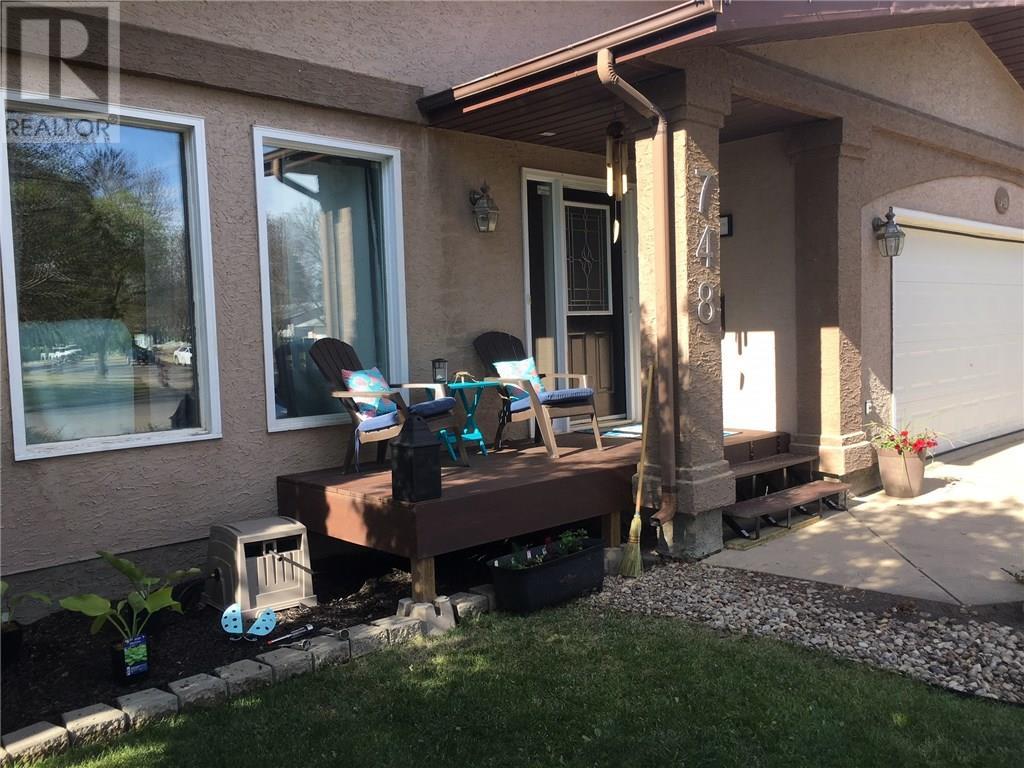 748 Brimacombe Dr N, Weyburn, Saskatchewan  S4H 2P8 - Photo 4 - SK717062