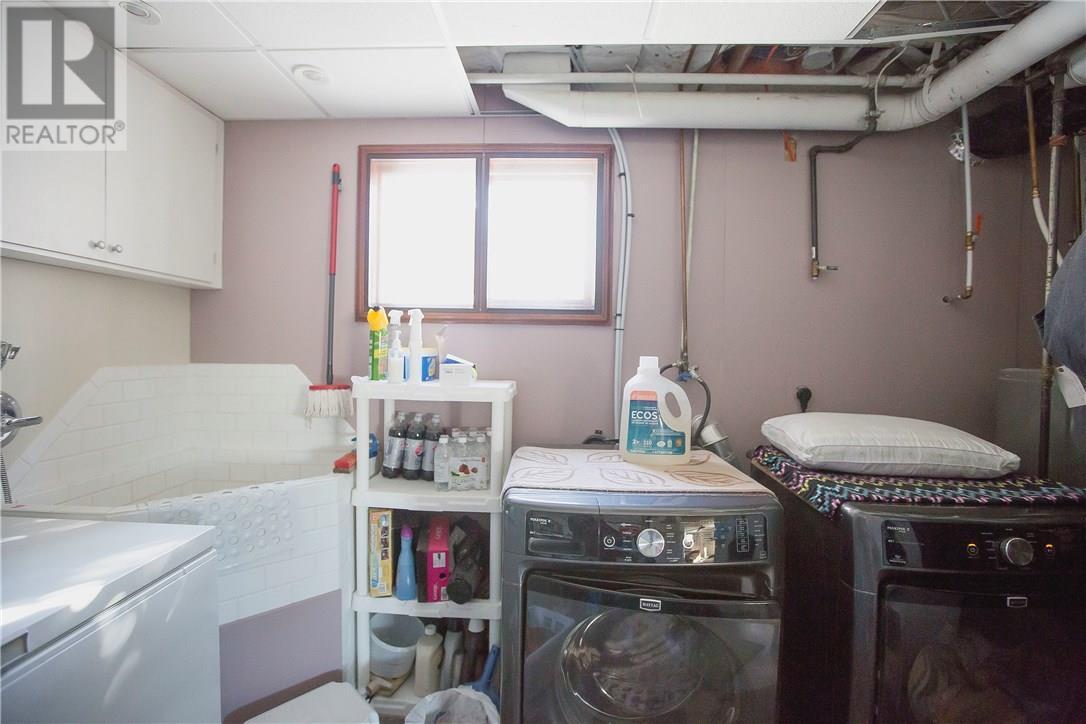 87 Schneider Cres, Regina, Saskatchewan  S4R 7R6 - Photo 13 - SK717237
