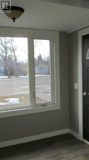 387 3rd Ave E, Shaunavon, Saskatchewan  S0N 2M0 - Photo 21 - SK718509