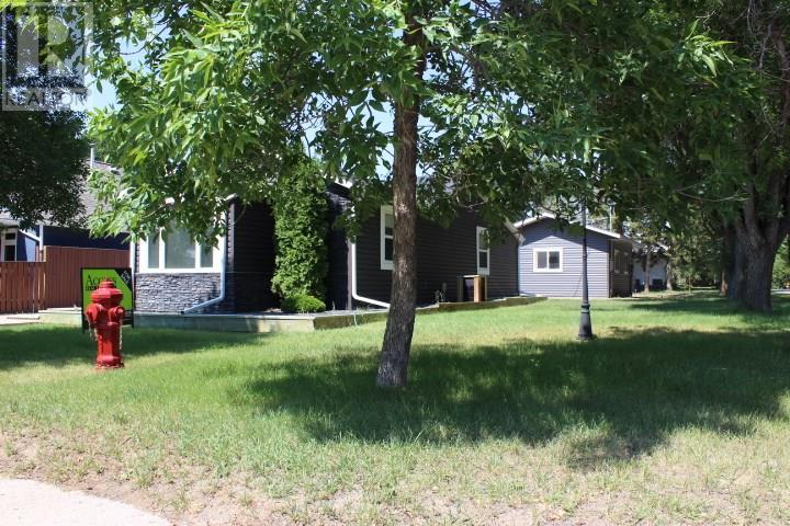 387 3rd Ave E, Shaunavon, Saskatchewan  S0N 2M0 - Photo 32 - SK718509