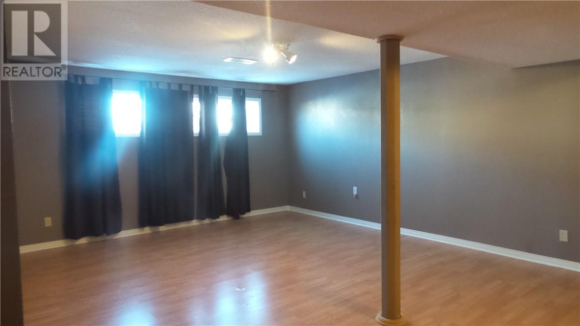 806 Geisen St, Radville, Saskatchewan  S0G 2G0 - Photo 12 - SK718725