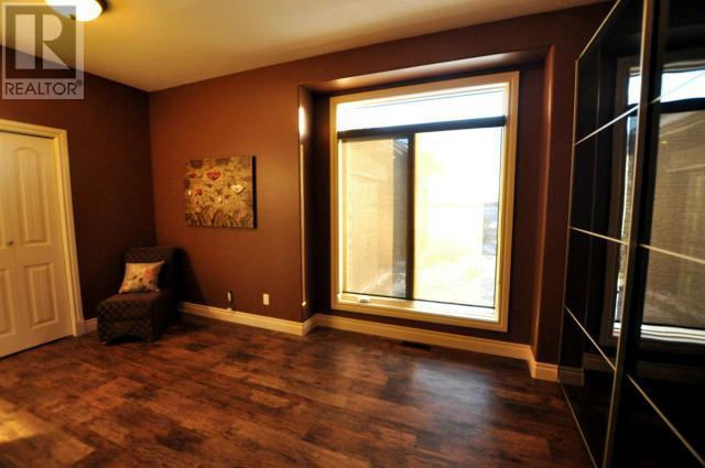 408 York Hts, Yorkton, Saskatchewan  S3N 4A2 - Photo 31 - SK719688