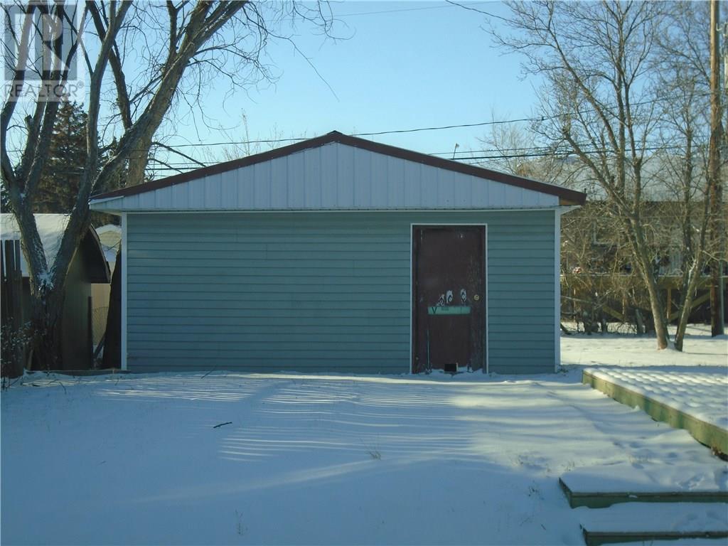 526 Eisenhower St, Midale, Saskatchewan  S0C 1S0 - Photo 38 - SK719785