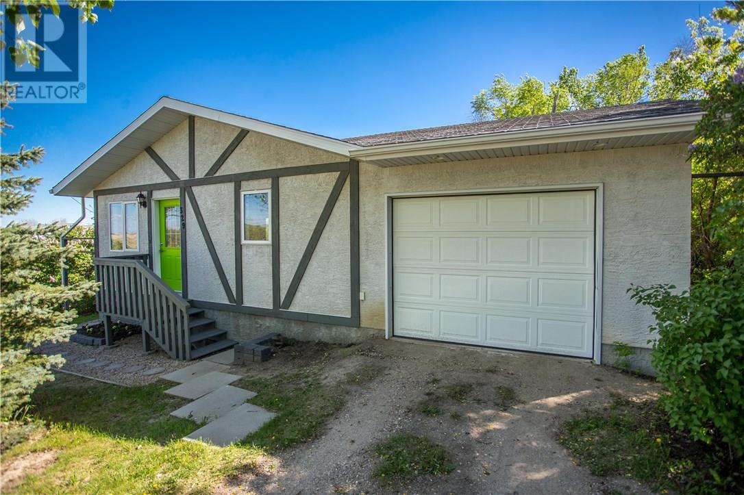 329 Taylor St, Silton, Saskatchewan  S0G 4L0 - Photo 1 - SK720044