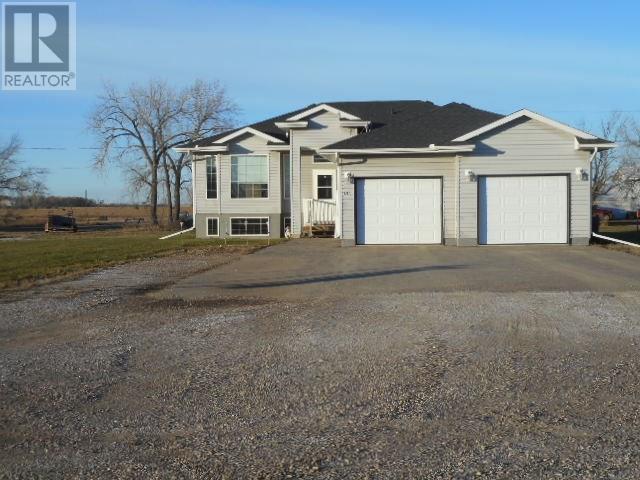 801 Shurygalo Rd, Bienfait, Saskatchewan  S0C 0M0 - Photo 1 - SK720188