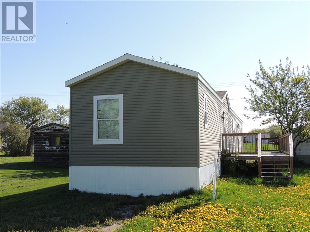 224 2nd St, Frobisher, Saskatchewan  S0C 0Y0 - Photo 1 - SK720375
