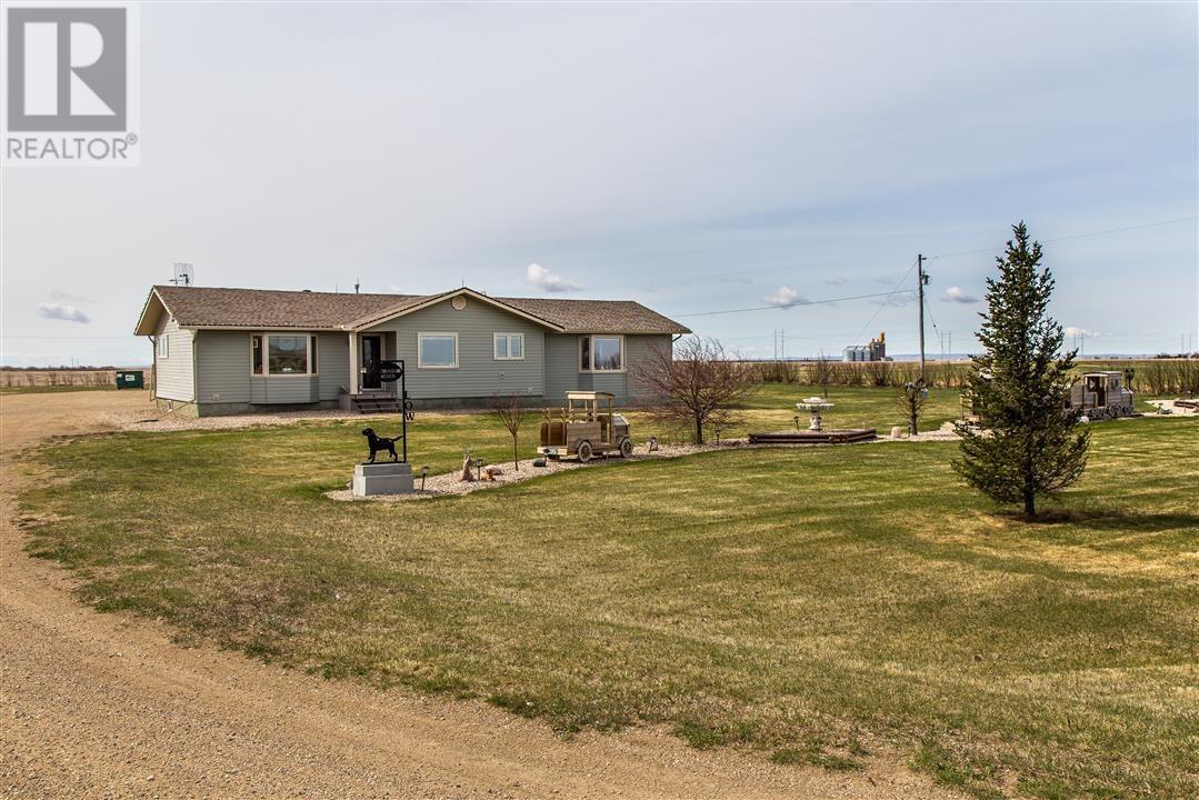 Low's Acreage, Moose Jaw Rm No. 161, Saskatchewan  S6H 4R3 - Photo 3 - SK720373