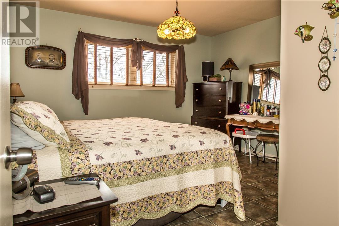 Low's Acreage, Moose Jaw Rm No. 161, Saskatchewan  S6H 4R3 - Photo 31 - SK720373