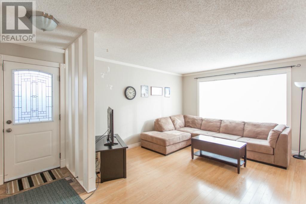 450 Forget St, Regina, Saskatchewan  S4R 4X9 - Photo 3 - SK720611